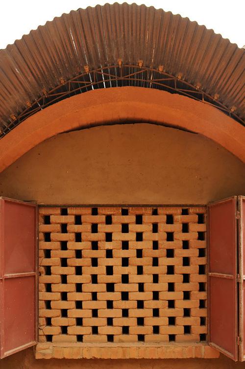 Stepienybarno-blog-stepien-y-barno-arquitectura-More-with-less-diebedo-francis-kere-3
