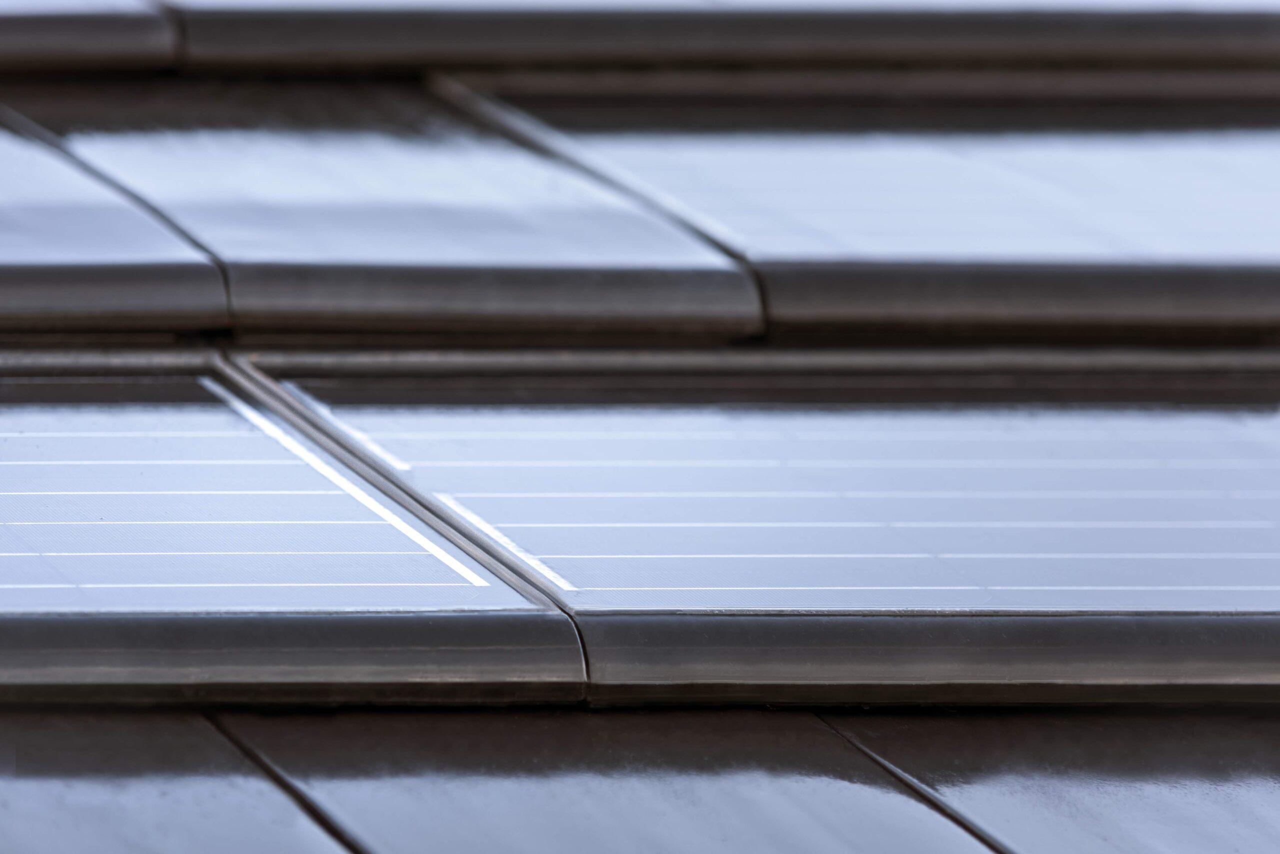 teja cerámica solar